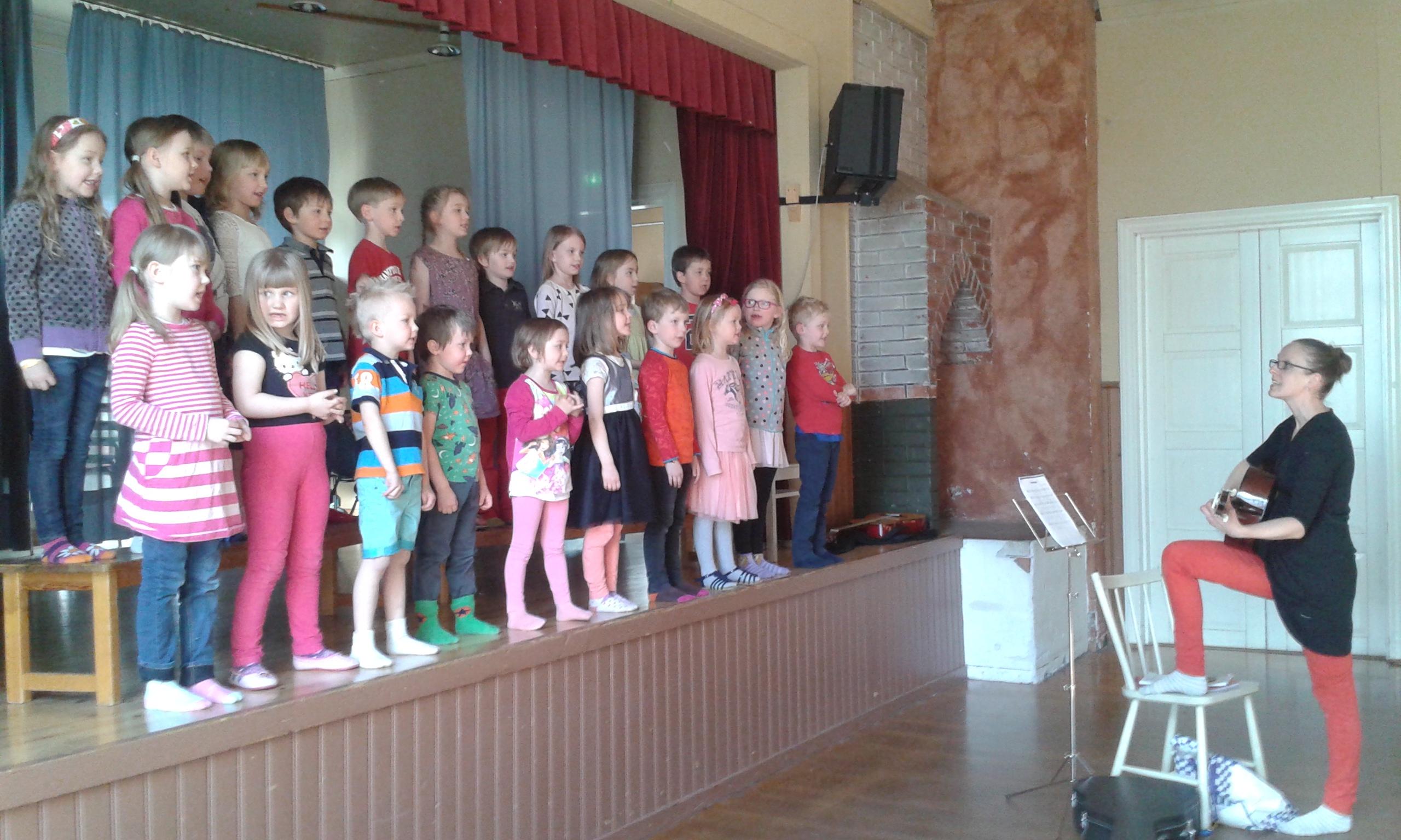 Vill du vara med i barnmusikal?